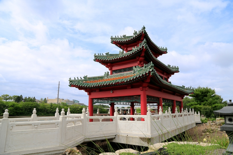 Robert D. Ray Asian Gardens, The Chinese Culture Center of America, Des Moines, IA. Photo By Raj H.