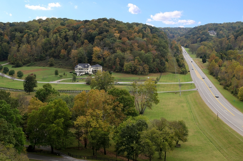 Natchez Trace Parkway. Photo by Raj H.