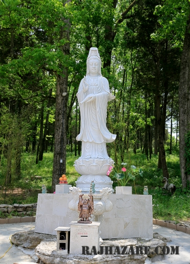 Vietnamese Buddhist Temple, Antioch, TN. Photo by Raj H.